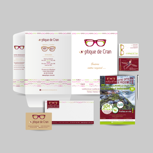 Communication 360° : charte graphique, print, objets, signalétique, site, réseaux sociaux, facebook ads